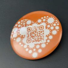 Orange button with QR code